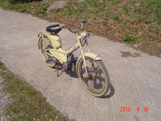 La motobécane mobylette AU 44